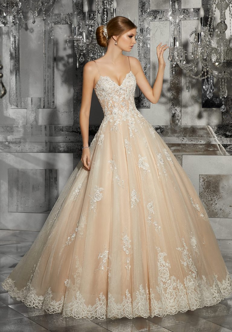 Favorite Wedding Dresses For Brides Which Perfecting Their Appearance
