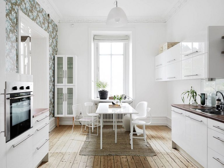Decorating Ideas for Small White Dining Rooms